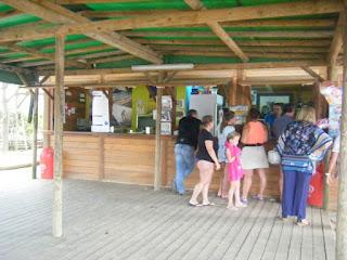 Bar junto da Praia Fluvial Aldeia Mato