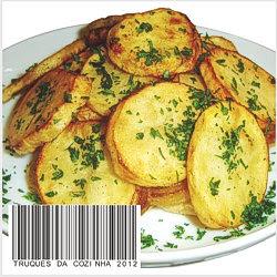 Batata à dorê decorada com salsa