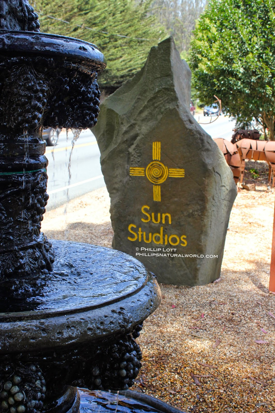 nearby is sun studios at 12001 san mateo road half moon bay ca with an equally expansive indooroutdoor shop selling earthy home and garden decor