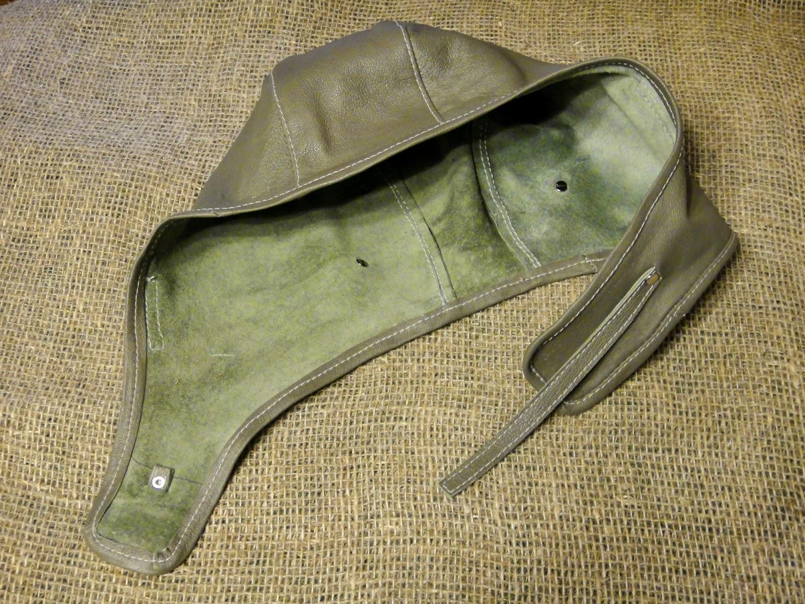 Шлем из кожи без подкладки защитит голову от ветра, сырости. Для тепла поддеваем подшлемник