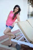 Prabhajeet Kaur Glamorous Photo shoot-thumbnail-63