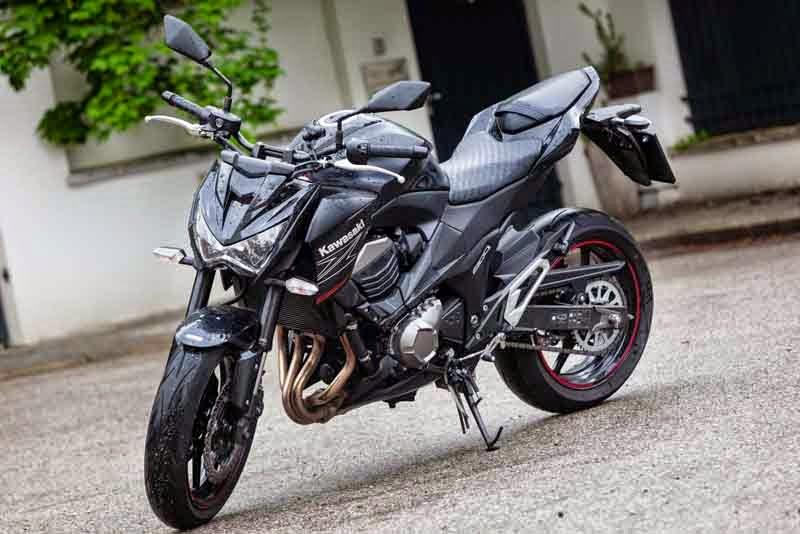 Kawasaki Z800 Black