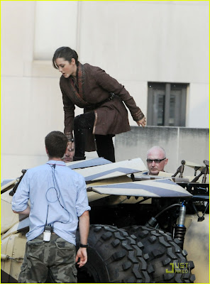 Marion Cotillard & Tom Hardy @ 'Dark Knight Rises' Set Pics!