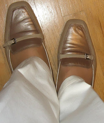 neutral flats white pants