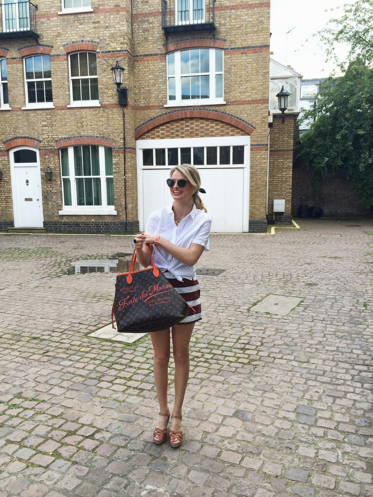 chrissabella, louis vuitton bag, neverful, lv neverfull, white shirt, white blouse, gap white shirt, embroidered white blouse, london fashion blogger, london street style, street style blogger, lookbook