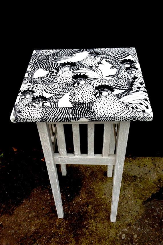 7 najciekawszych stołów decoupage - inspiracje! Czarno-biały decoupage.