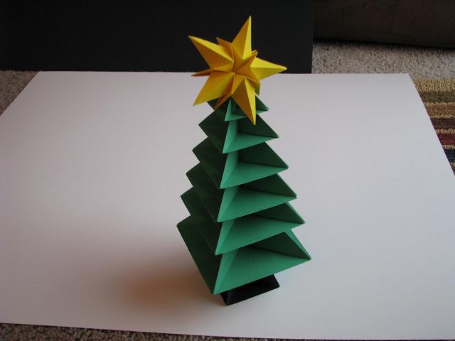 Espa o educar rvore de natal em origami ou dobradura for Decoration noel origami