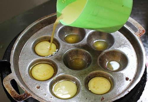 Mini Savory Pancakes - Banh Khot