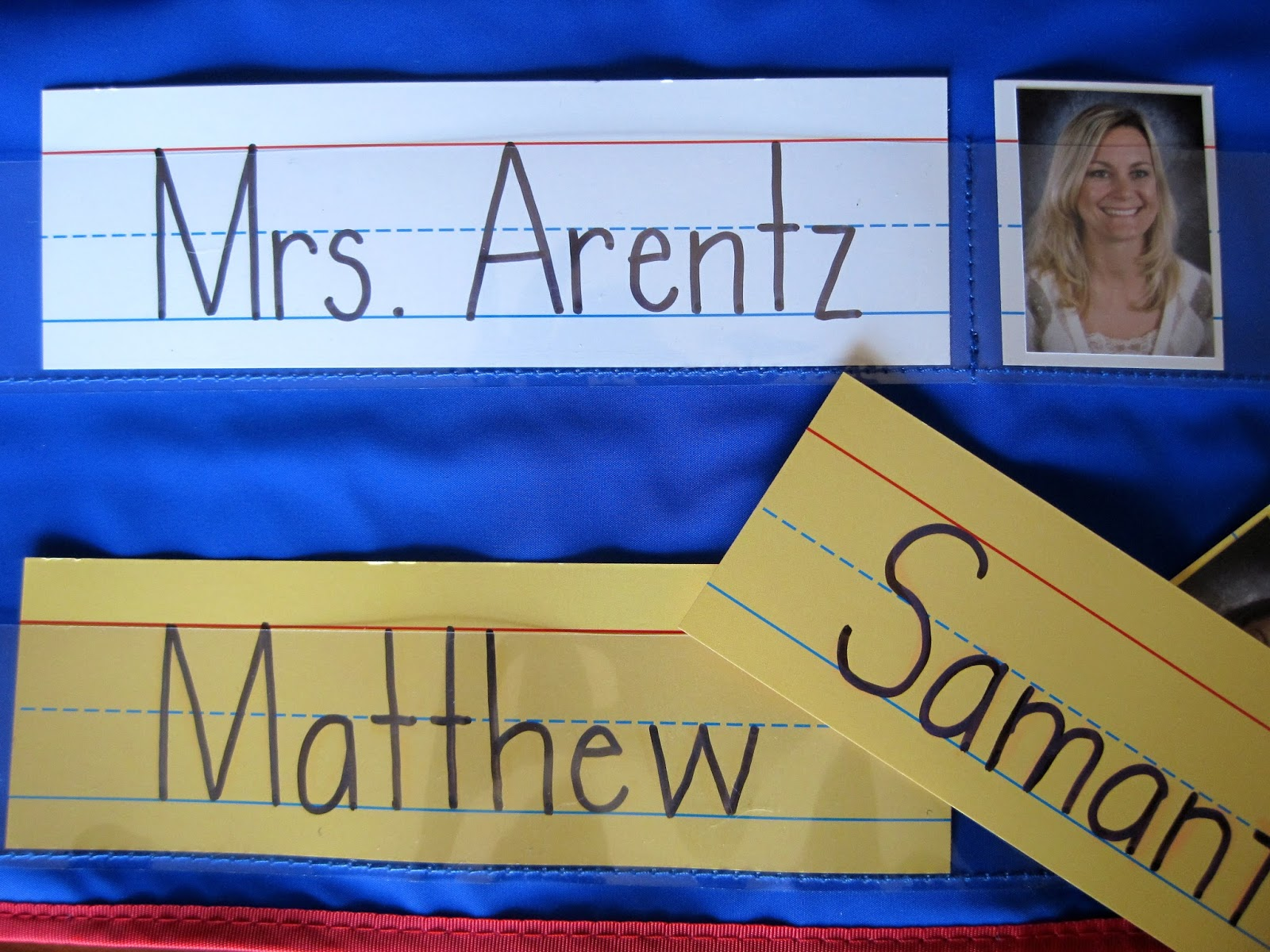 Read With Me Abc B2s Name Activities Blocks Venn Diagrams And Names On Pinterest Students Use The Sentence Strips To Trace Of Their Peers Wipe Off Markers In Doing So They Learn Identify Printed