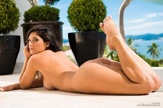 micheli burate 60 Michele Burate deliciosamente pelada