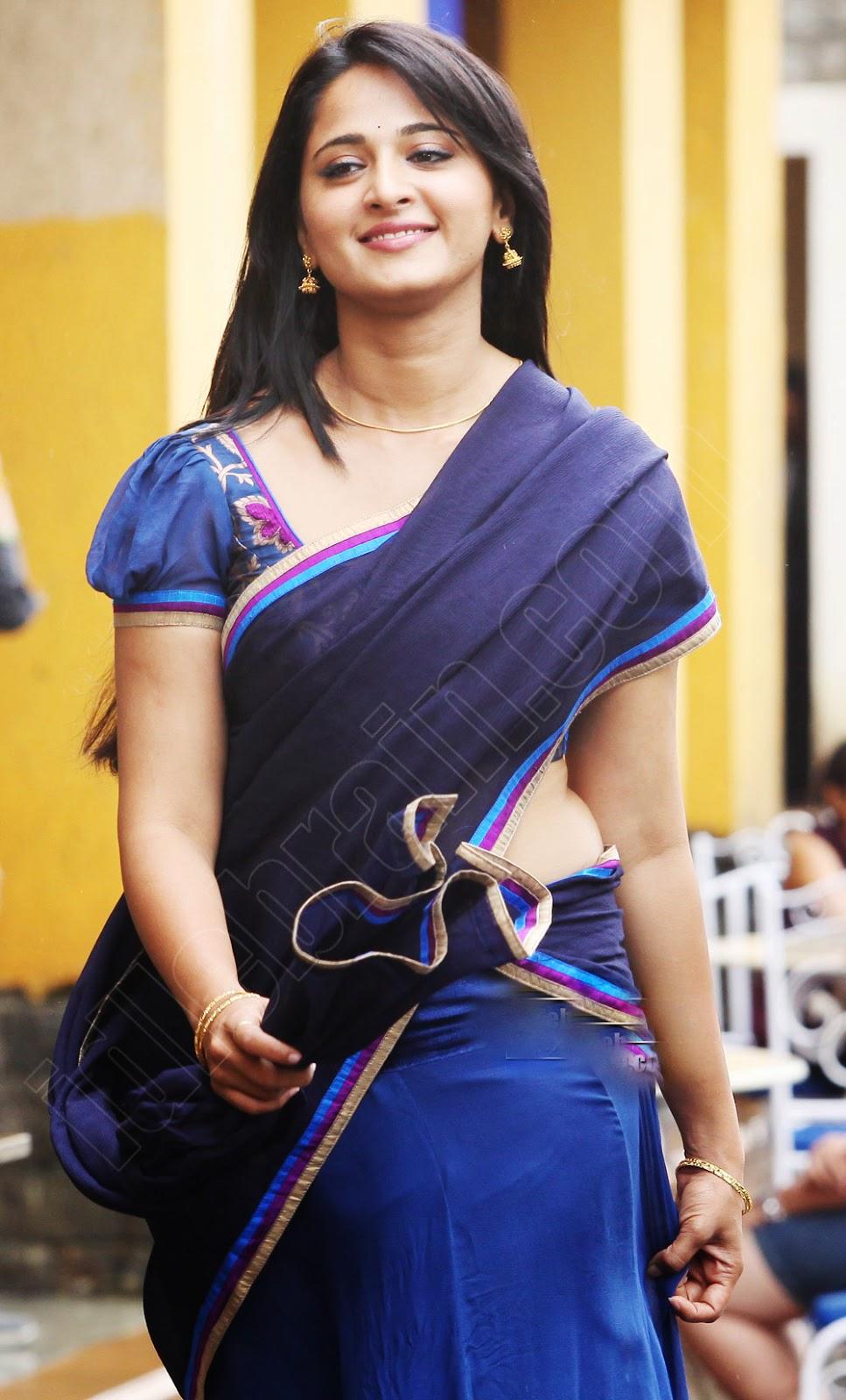 Oh ! Anushka Shetty: Anushka Shetty Looking Cute in Indian Traditional ...