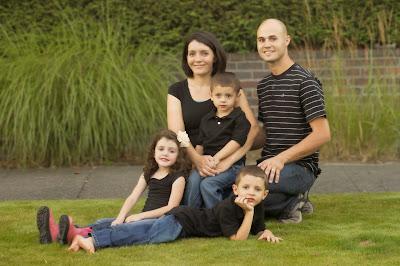 Grossman-Family_4x6.jpg