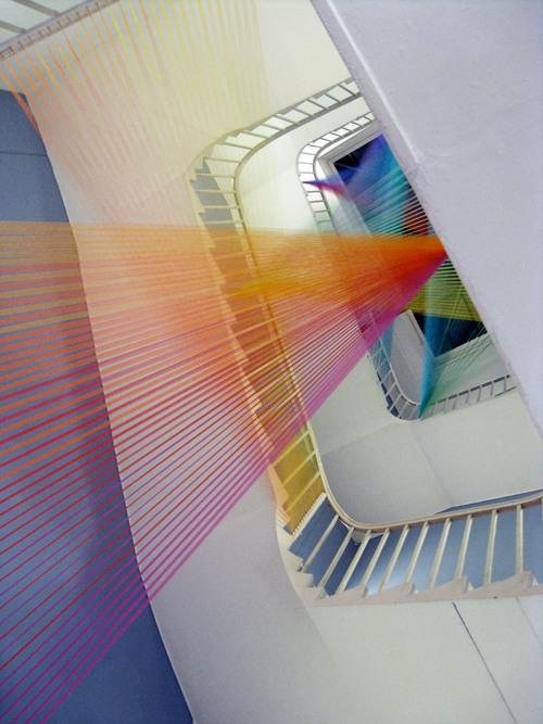 gabriel dawe instalação arte fios cores arco-iris