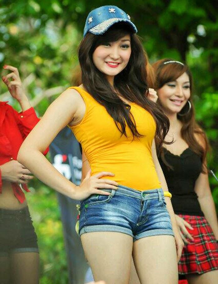 photoshoot model hot foto cantik seksi chant felicia adik