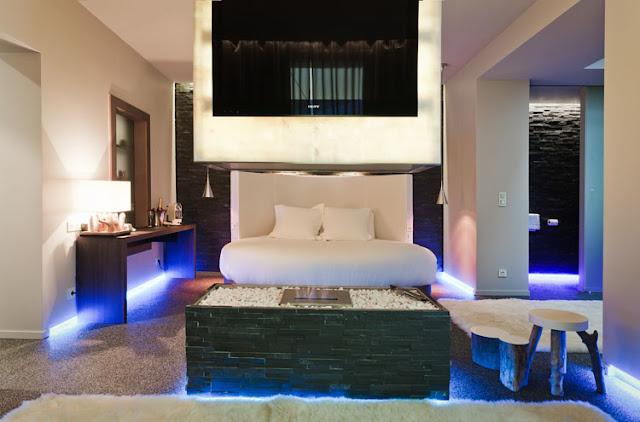 DORMITORIOS DE HOTEL - SUITE LOVEZ VOUS via www.dormitorios.blogspot.com
