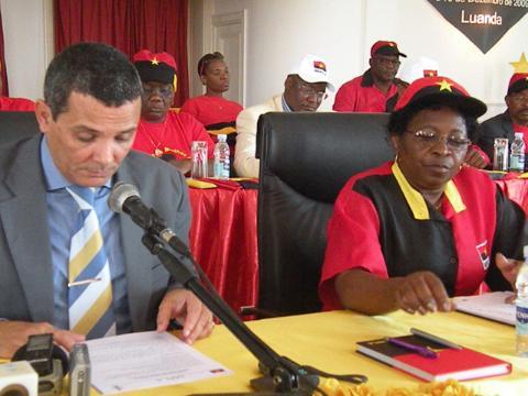 Angola: OFENSIVA DO MPLA FACE À ONDA DE MANIFESTAÇÕES
