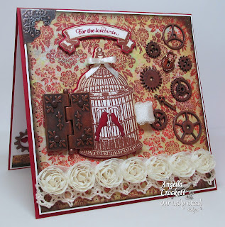 http://bodymindspiritandstamps.blogspot.co.at/2013/11/odbd-steampunk-wedding-card.html