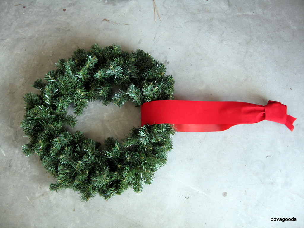 charleston sc christmas goods an easy way to hang window wreaths