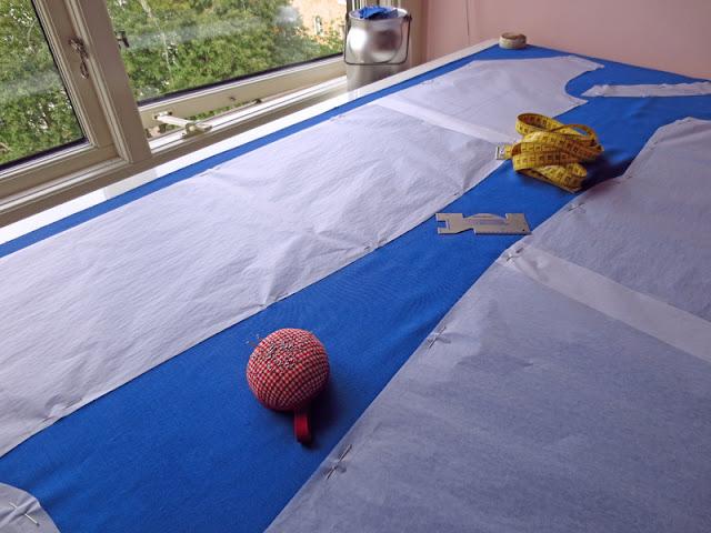 Cutting blue dress cotton sateen | www.stinap.com