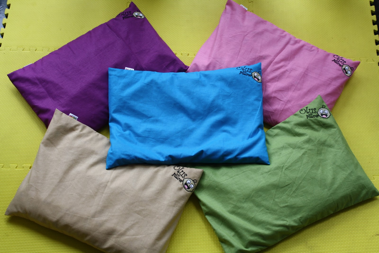Our Product Sarung Bantal Olus Pillow