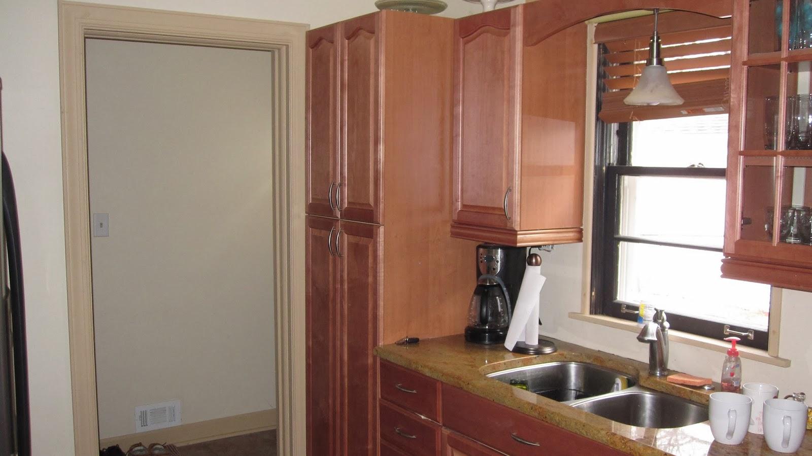Love lee homemaker back door entryway for Kitchen back door