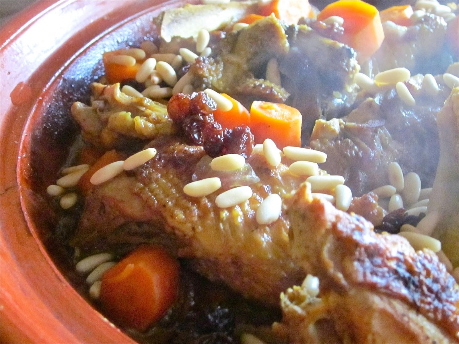 speciale natale: tajine di pollo con miele e frutta secca