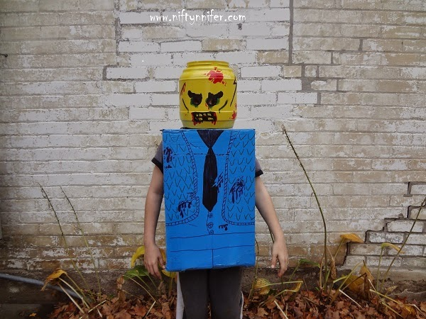 Halloween Costume Idea ~Zombie Lego Man http://www.niftynnifer.com/2014/10/halloween-costume-idea-zombie-lego-man.html