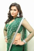 Ragini Dwivedi Glamorous photos in Green Saree-thumbnail-15