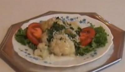 Karnabahar Salatası Nasıl Yapılır - Videolu Tarifi