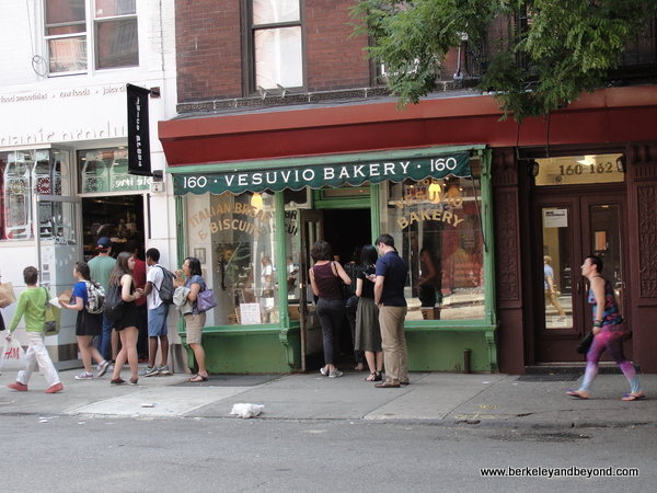 line out the door at Birdbath Neighborhood Green Bakery in NYC