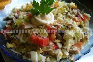 салат из консервированной сардины готовый
