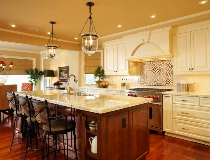 Lighting your kitchen a focal point in todays home