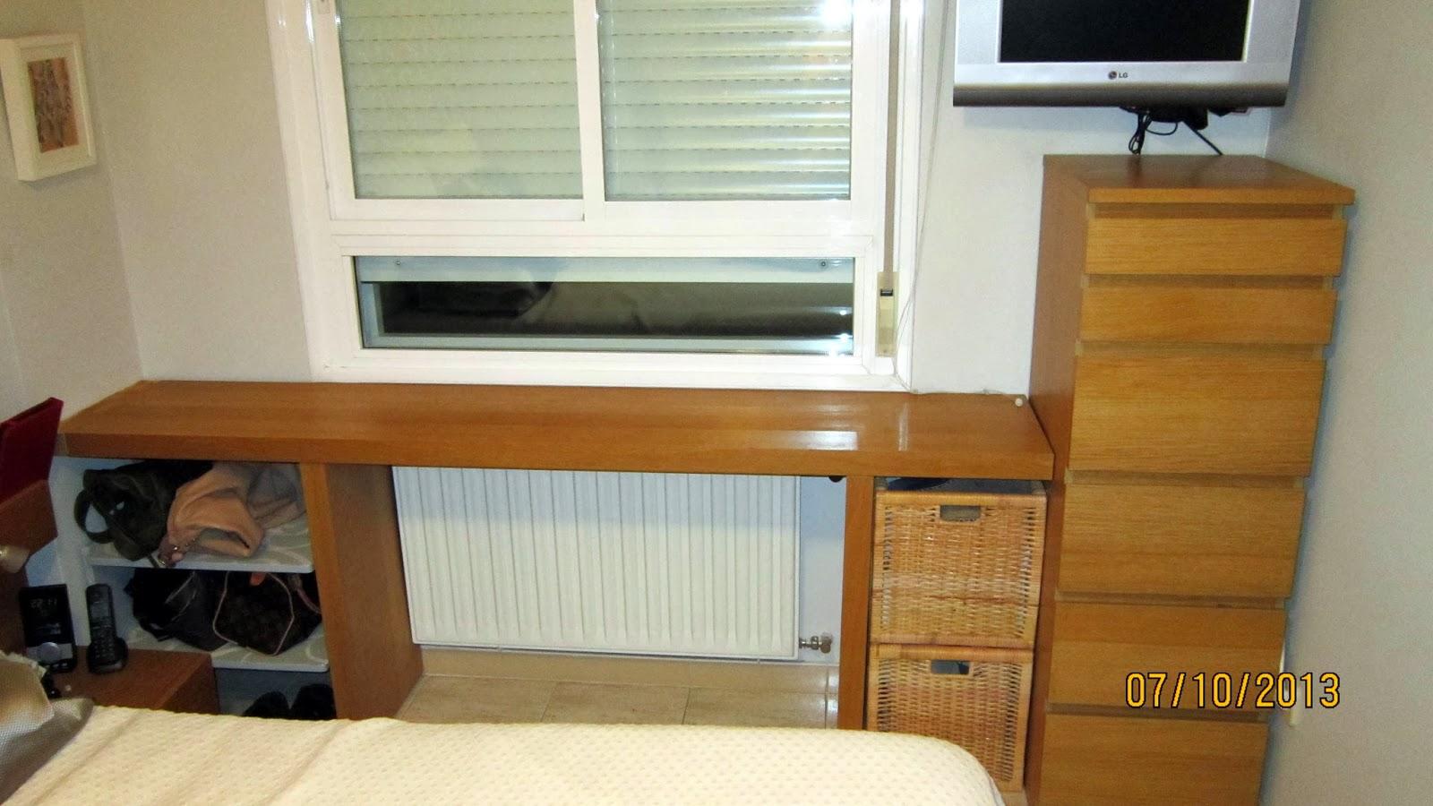 Orden bajo la ventana con la mesa auxiliar malm mi llave - Muebles para cubrir radiadores ...