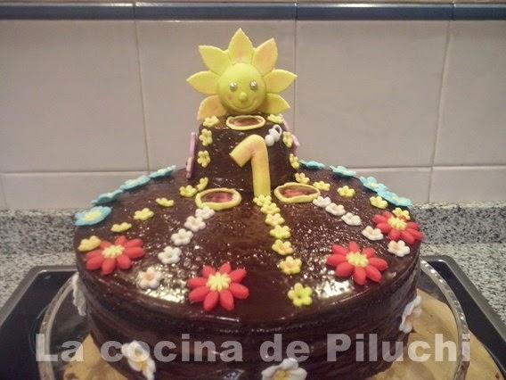 http://www.recetaspasoapaso.com/2013/12/tarta-para-ainara-1-anito.html