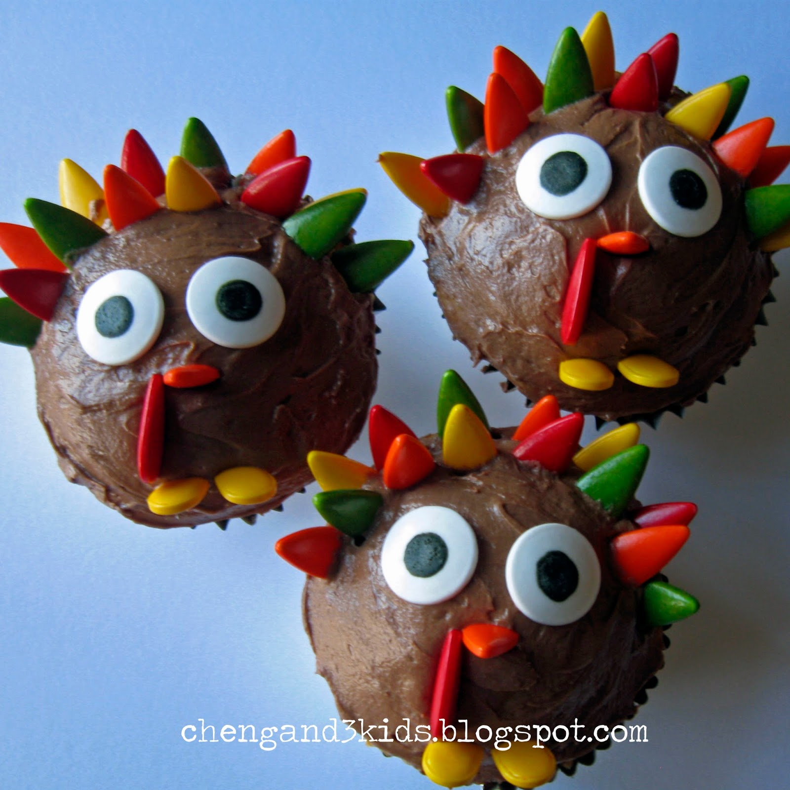 Turkey Cupcakes by Cheng and 3 Kids