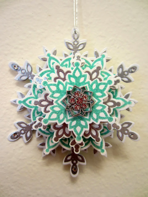 How-to Snowflake Ornament