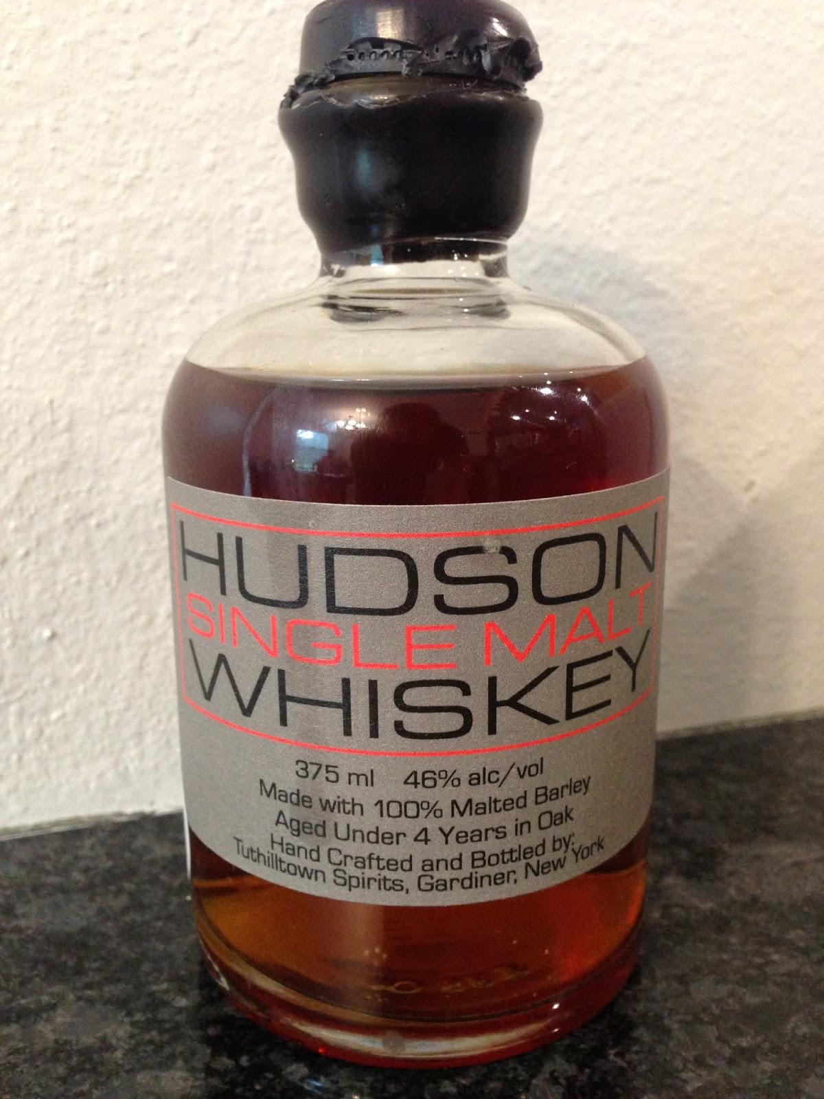 hudson singles Desde que anunciaram a produção de um novo álbum para 2015, edson e hudson apresentaram dois singles, guarda-roupa vazio e escândalo de amor.