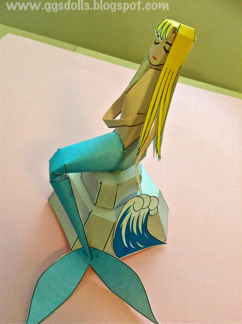 Ggsdolls making a 3d paper mermaid for How do you make stuff out of paper