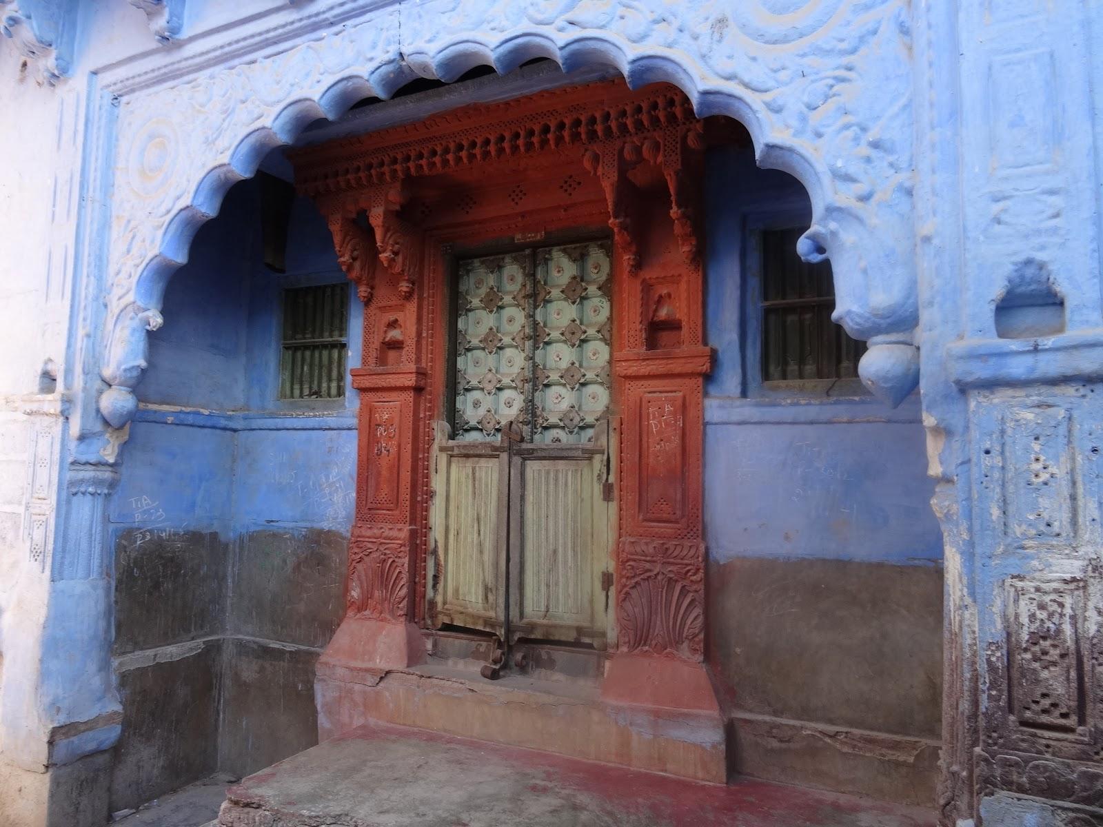 Blaue Häuser lausius reiseblog die blaue stadt