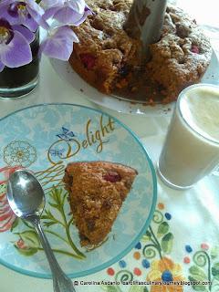 Berry Raspberry Cake & Capuccino