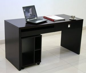 Modern Home Office Desks Offer Plenty Of Work Space