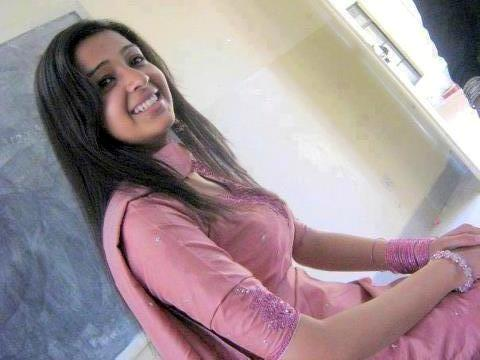 Hot Indian Girl Image