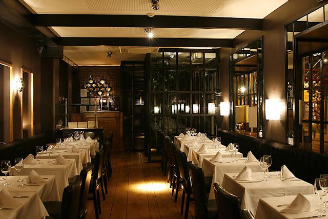 Mobiliario deco como decorar un restaurantes consejos for Mobiliario de restaurante
