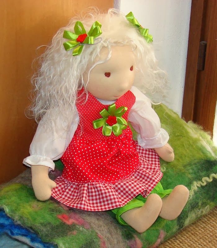 Super waldorf dolls, hand made doll hair - alpaca, mohair curly long  JG87