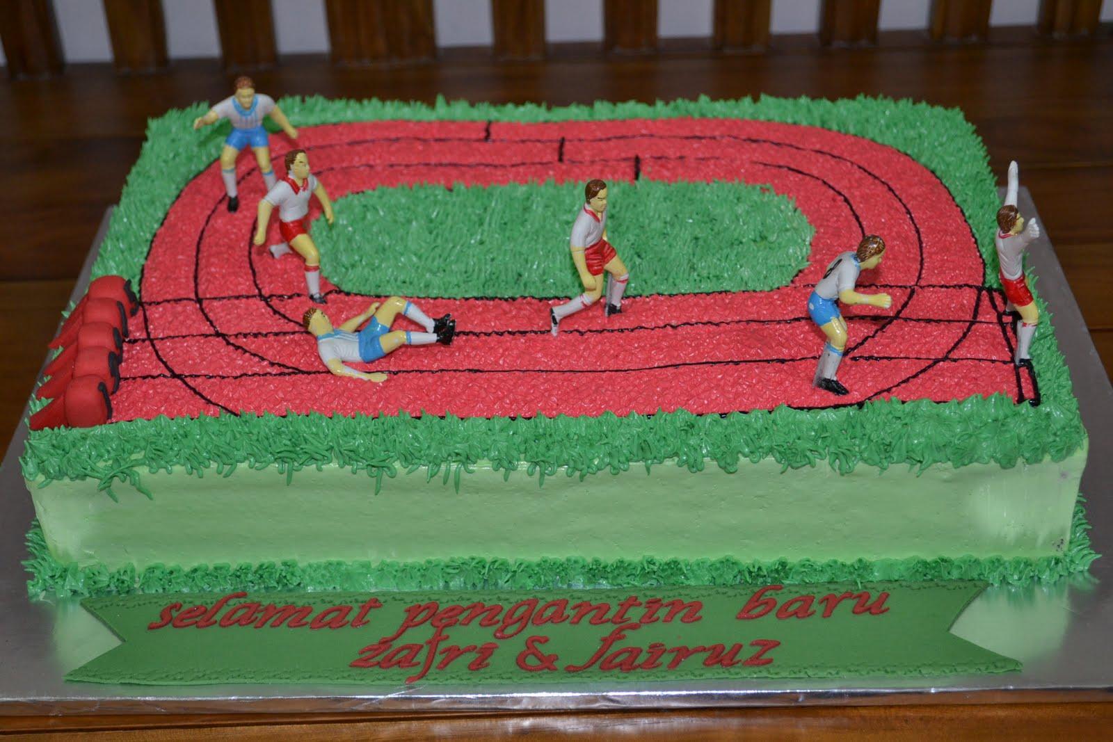 27 best Athletes track cake images on Pinterest