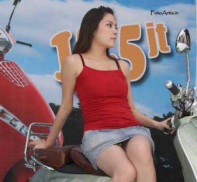 http://www.siwoksintol.com/2012/05/foto-seksi-spg-vespa-yang-hot-menggoda.html