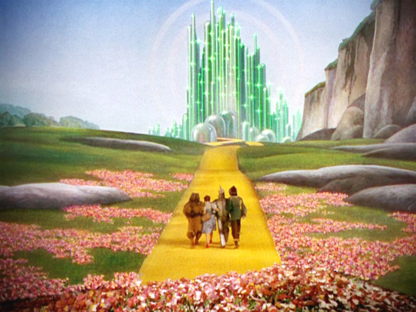 emerald city Allison keene reviews nbc's new drama emerald city, which turns the wizard of oz into a drama series directed by tarsem singh, starring adria arjona.
