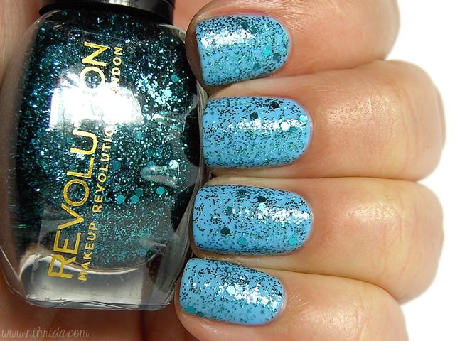 Makeup Revolution Glitter Nail Polish - Key Largo