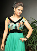 Anchor Shilpa Chakravarthi Photos