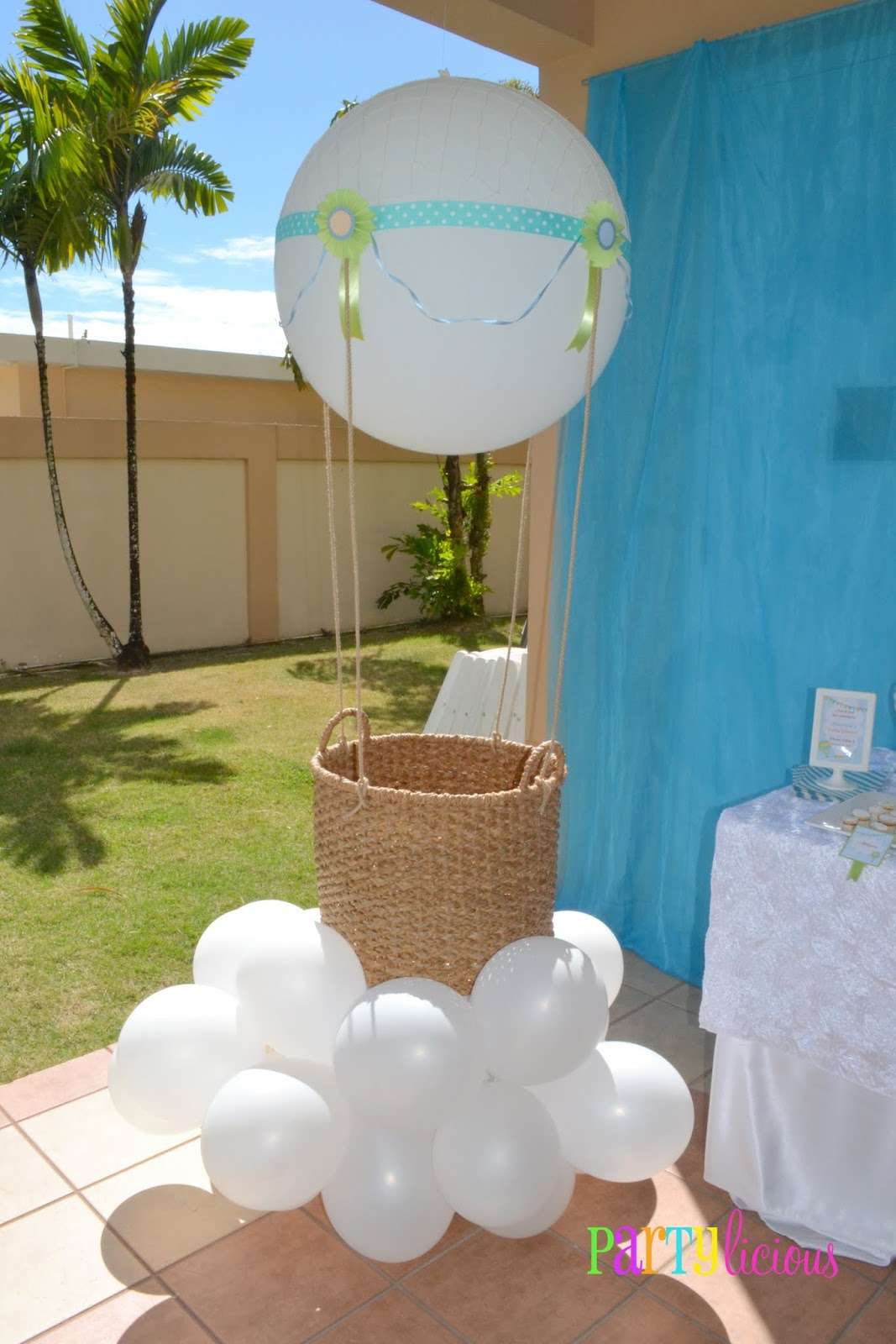 Partylicious events pr up up and away baby shower for Baby shower balloons decoration